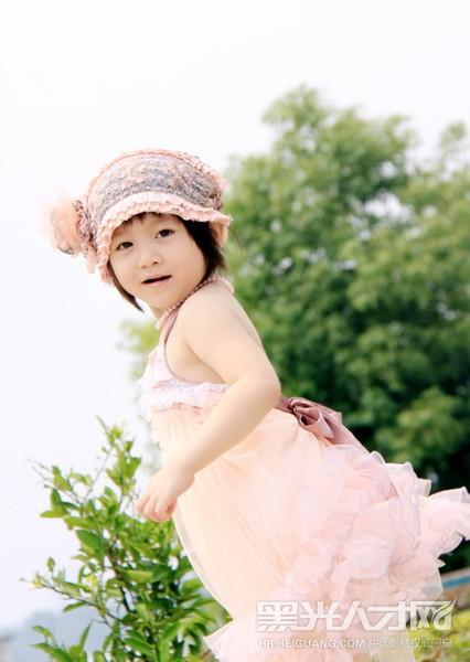 刘sir求职摄影师,儿童摄影师_【黑光人才网】影楼招聘