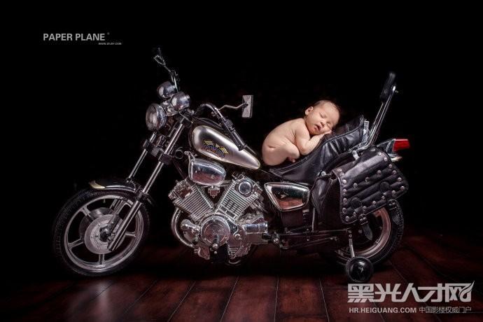 郑州北京纸飞机儿童摄影郑州分店招聘儿童摄影师