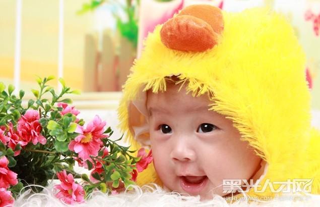 蒋华求职儿童摄影师_【黑光人才网】专注影楼招聘!